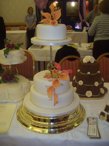wedding cakes sunderland call us or call in 25560